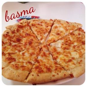 بيتزا بعجينه العشر دقائق